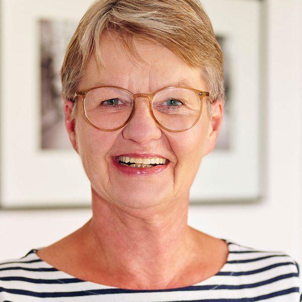 Renate Gerhard